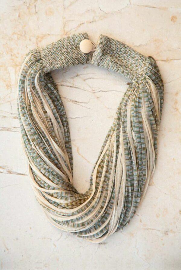 accessories necklace silk jasp beige green 01