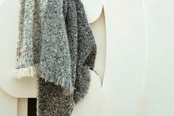 blanket boucle jasp black grey white 02