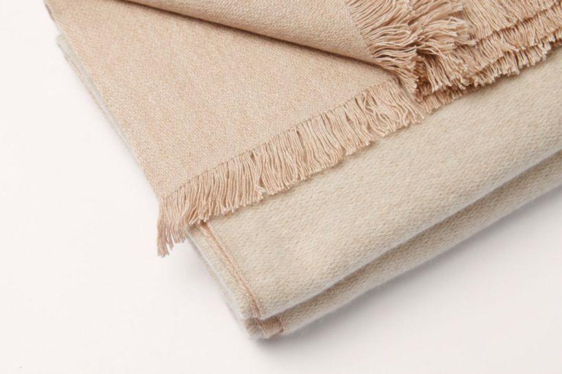 blanket cashmere beige natural 02