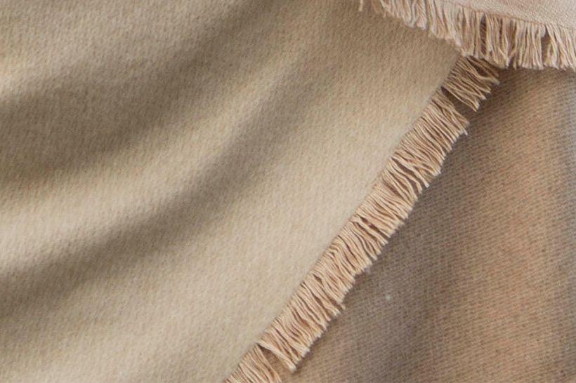 blanket cashmere beige natural 03