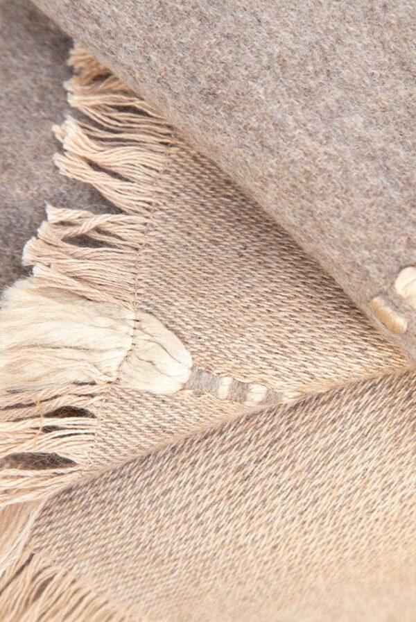 foulard beige topo relieves 04