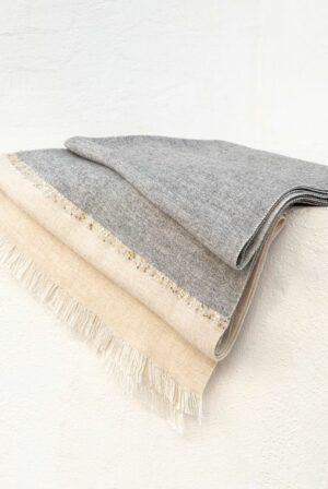 shawl bicolor grey beige sequins 02