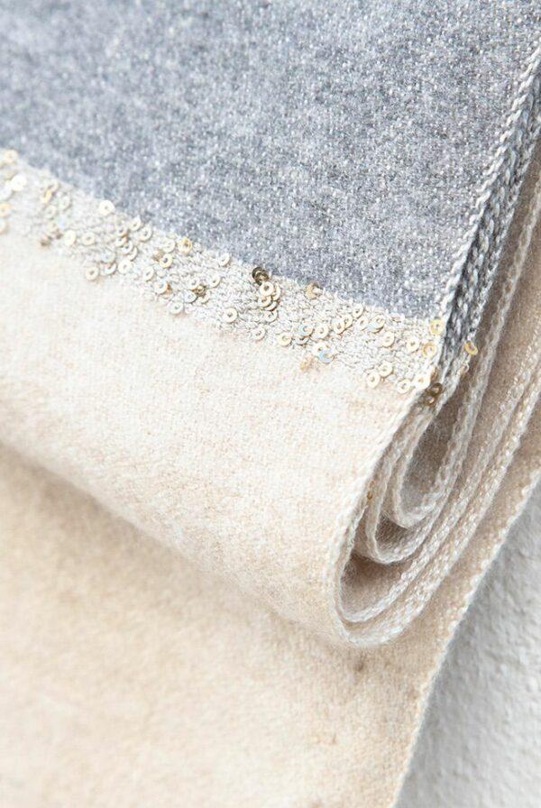 chal bicolor gris beige lentejuelas 03