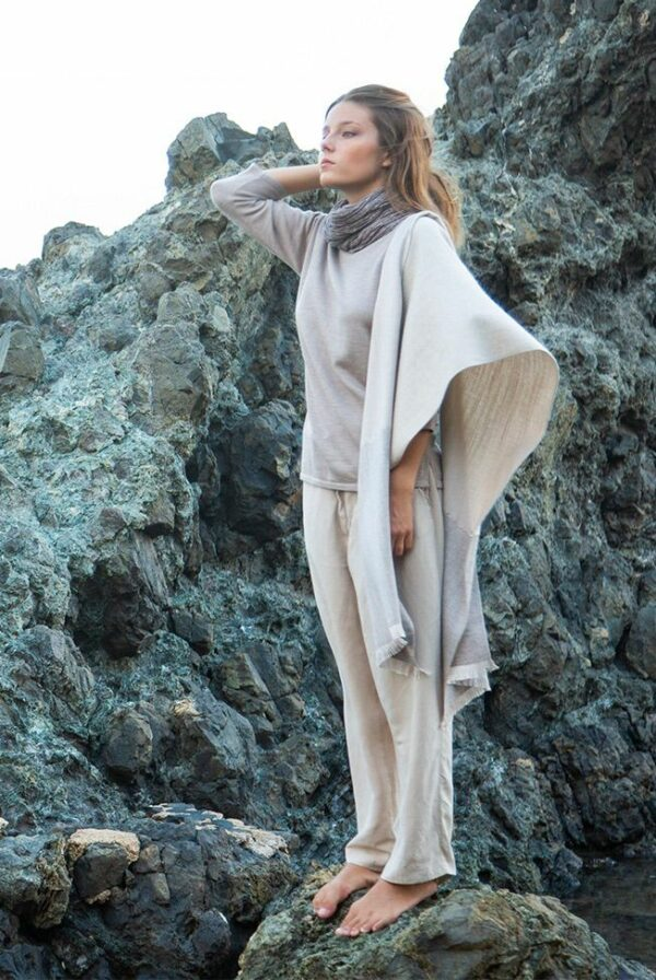 shawl bicolor taupe – beige sequins 01