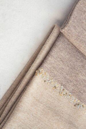 shawl bicolor taupe – beige sequins 02