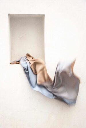 shawl fine light blue camel 4 seasons 01