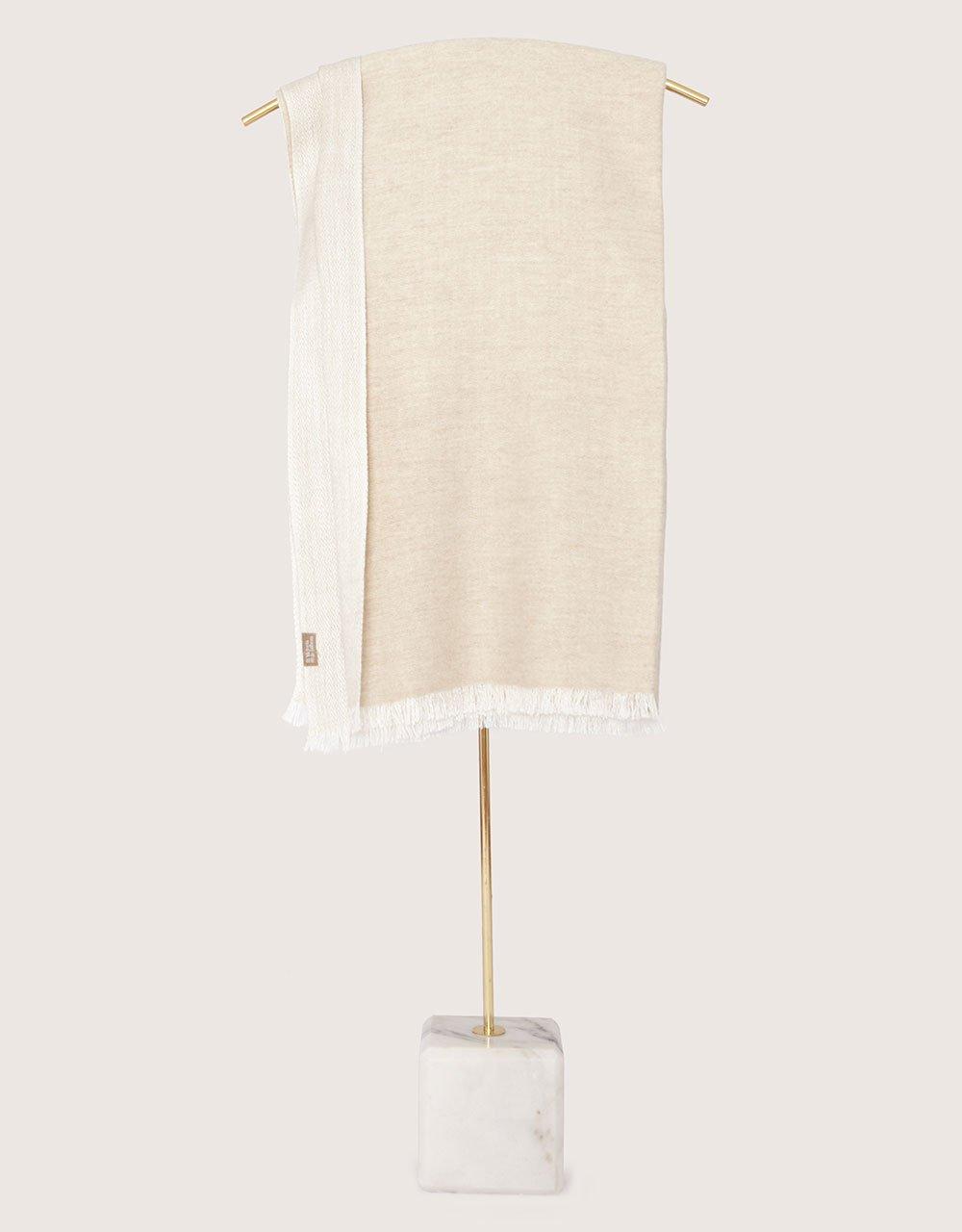 shawl01a